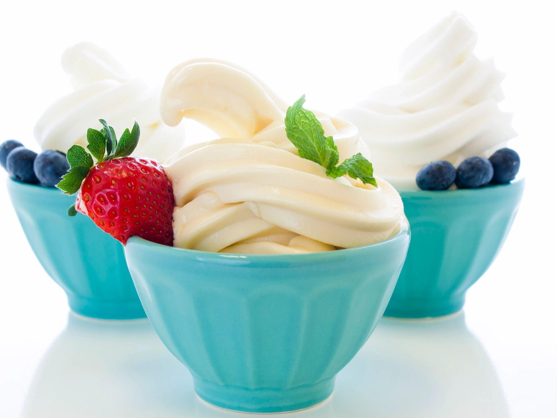 возбудили мороженое на белом фоне фото картинки лансер